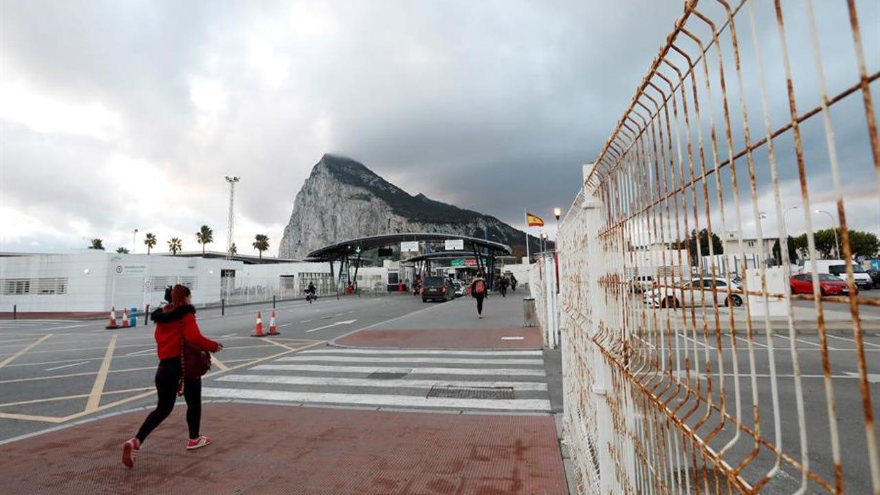 Frontera entre la Línea de la Concepción y Gibraltar