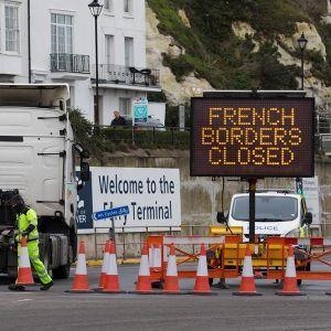 Cierre de fronteras entre Francia y Reino Unido por la nueva cepa de coronavirus