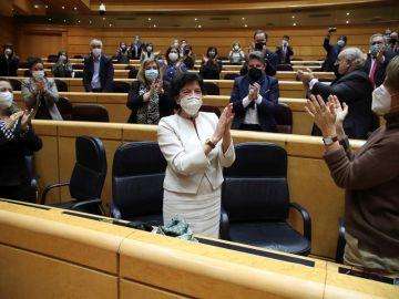 Isabel Celaá recibe aplausos este miércoles tras el pleno del Senado en el que ha sido aprobada definitivamente la Lomloe