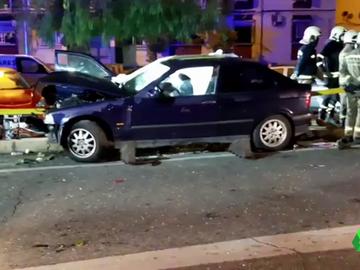 Brutal accidente en Sevilla: viajaban seis personas en el coche y el conductor triplicaba la tasa de alcohol