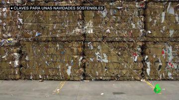 Imagen de toneladas de papel y cartón reciclados