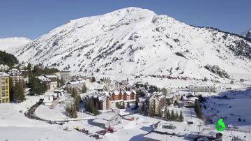 Las estaciones de esquí del Pirineo aragonés, en alerta roja por la pandemia