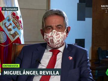 """Miguel Ángel Revilla: """"Si hay suficientes vacunas, hay que vacunar a todo dios cuanto antes"""""""