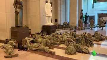 Washington se blinda ante la investidura de Biden: 25.000 soldados blindan el Capitolio y el FBI está pendiente de amenazas