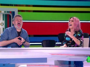 """La divertida imitación de Miki Nadal de la risa floja de Lorena Castell: """"¡Es que eres idiota!"""""""