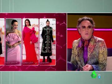 """El enfado de Josie con el look de """"simetría ramplona"""" de Andrea Levy"""