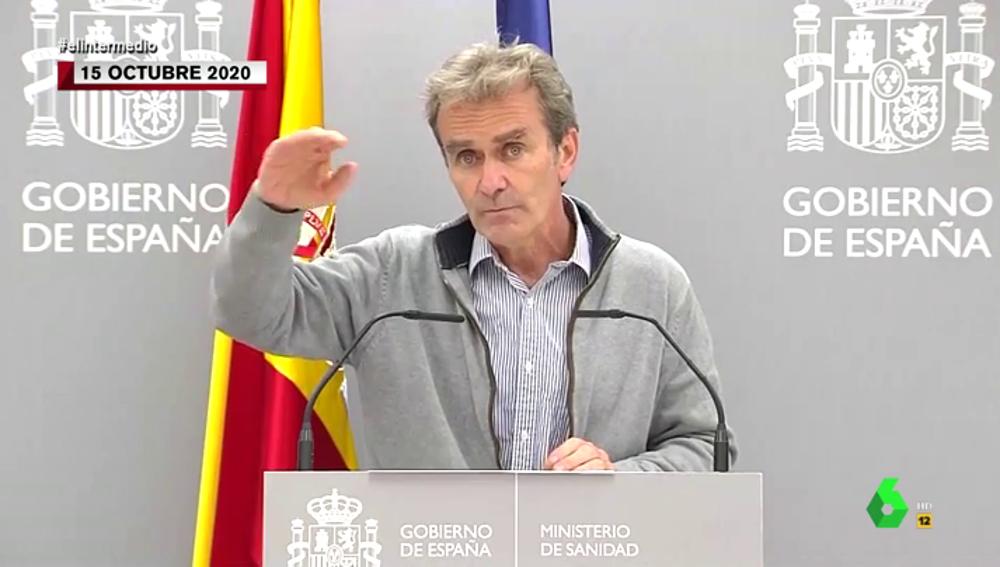 El vídeo que demuestra el 'lío' de Fernando Simón con los picos de las olas de la pandemia
