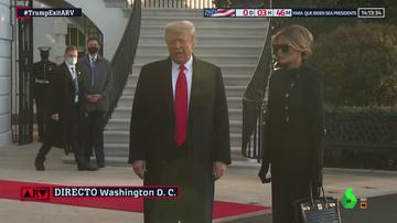 Momento en el que Trump abandona la Casa Blanca