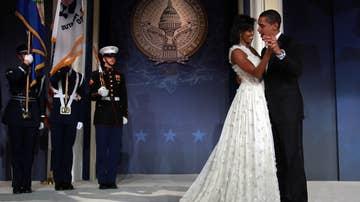 Barack y Michelle Obama bailan en su baile inaugural