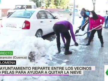 El divertido error de un rótulo de laSexta Noticias que 'regala' dinero a unos vecinos de Cuenca