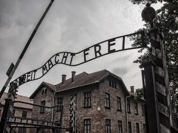 Testimonios para no olvidar el Holocausto: del desconocido campo de concentración de Gusen al horror de Auschwitz