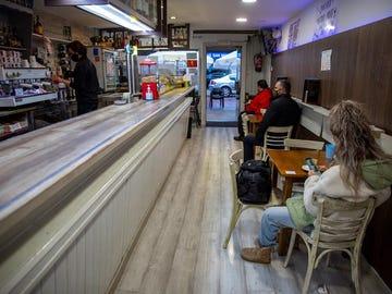 Un bar de Vitoria reabre después de que el TSJPV levante las restricciones