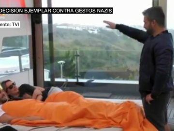 Un concursante del Gran Hermano portugués, expulsado por hacer el salud nazi e imitar un desfile de Hitler