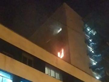 Detenido un paciente COVID por incendiar una habitación del Hospital Puerta del Mar, en Cádiz