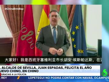 El vídeo del alcalde de Sevilla hablando en chino para felicitar el Año Nuevo que se ha hecho viral