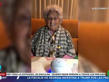 """La conversación entre una abuela y el altavoz de Alexa: """"¿Me cantas la copla de María Navarro?"""""""