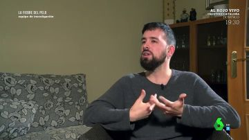 """El testimonio de un joven que lleva tres operaciones por una mala praxis en un injerto capilar: """"Llevo gastados casi 10.000 euros"""""""
