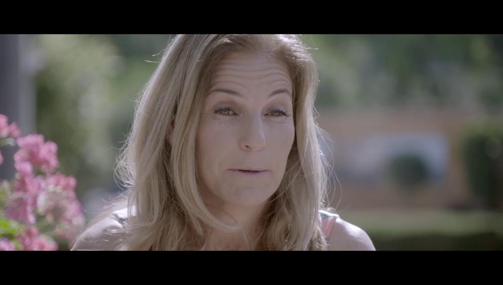 Arantxa Sánchez Vicario rompe a llorar al hablar de sus padres en Palo y Astilla