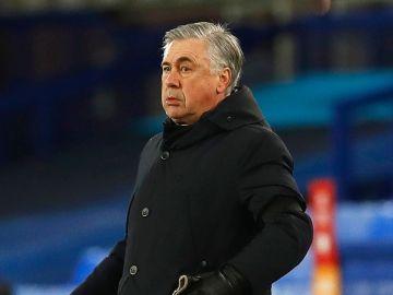 Carlo Ancelotti, entrenador del Everton