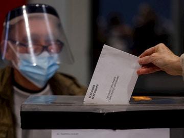Elecciones Catalanas, en directo: resultados, participación y última hora de las Elecciones Cataluña hoy, en directo
