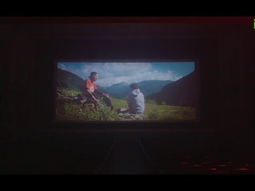 """""""El silencio de la sala impactaba"""", """"los pelos de punta"""": laSexta estrena 'Eso que tú me das', el documental más visto de la década"""