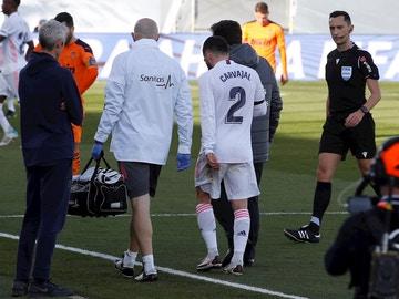 Dani Carvajal se retira lesionado