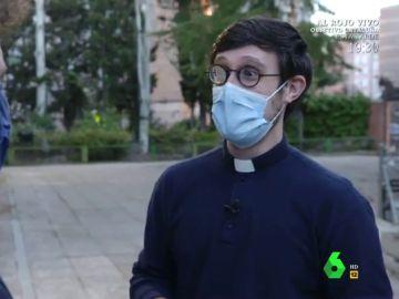 """Un cura 'influencer' afea a los obispos y sacerdotes vacunados: """"Nos ponen a todos en juego"""""""