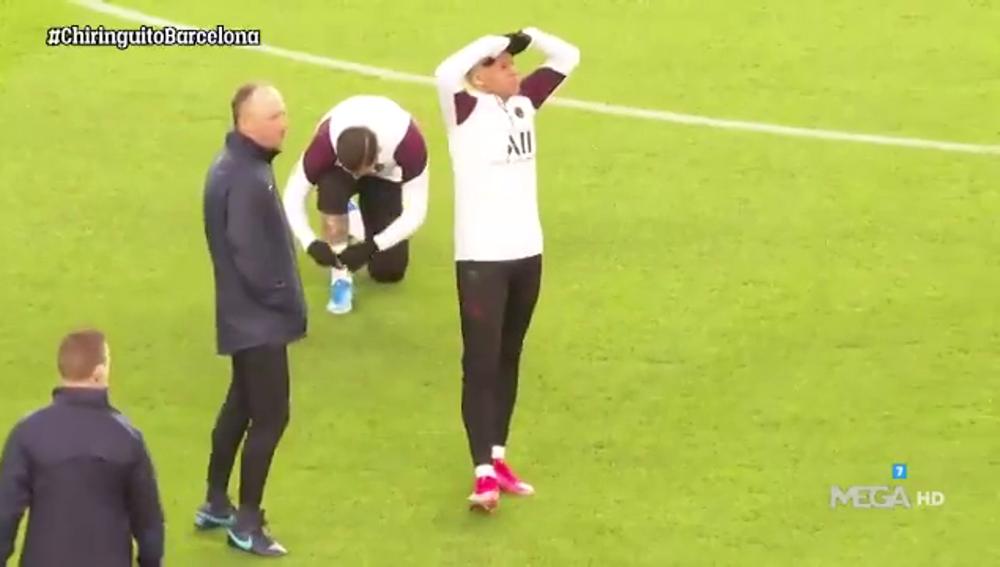 El comentado gesto de Mbappé en su primera vez sobre el césped del Camp Nou