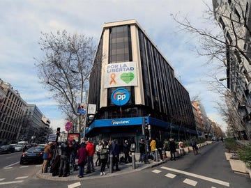 Fachada de la todavía sede central del PP en la calle Génova, 13, en Madrid.
