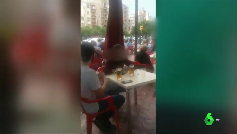 Detectives anti COVID: así se hacen pasar por clientes en bares y restaurantes para comprobar si cumplen las medidas