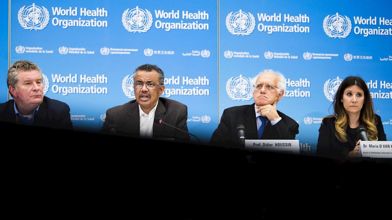 Imagen de archivo de los expertos de la OMS en una rueda de prensa