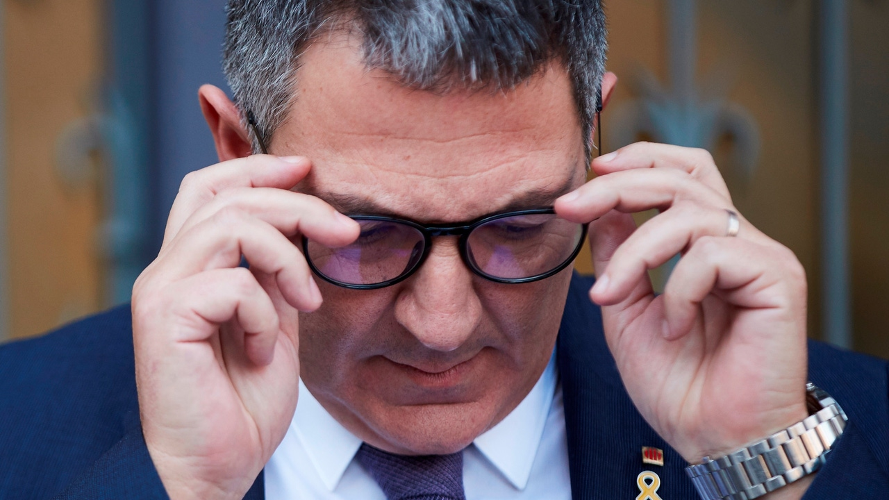 El conseller de Interior, Miquel Sàmper, durante una rueda de prensa