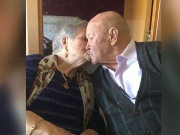 Genoveva y José Antonio, un matrimonio de ancianos de Cataluña
