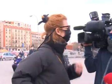 La actriz Najwa Nimri agrede a un cámara