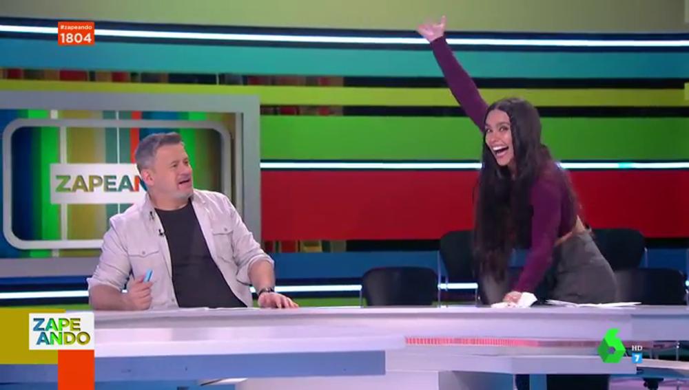 """El divertido baile de Cristina Pedroche en directo que alucina a Dani Mateo: """"¿Esto qué es? ¿Ha tomado drogas?"""""""