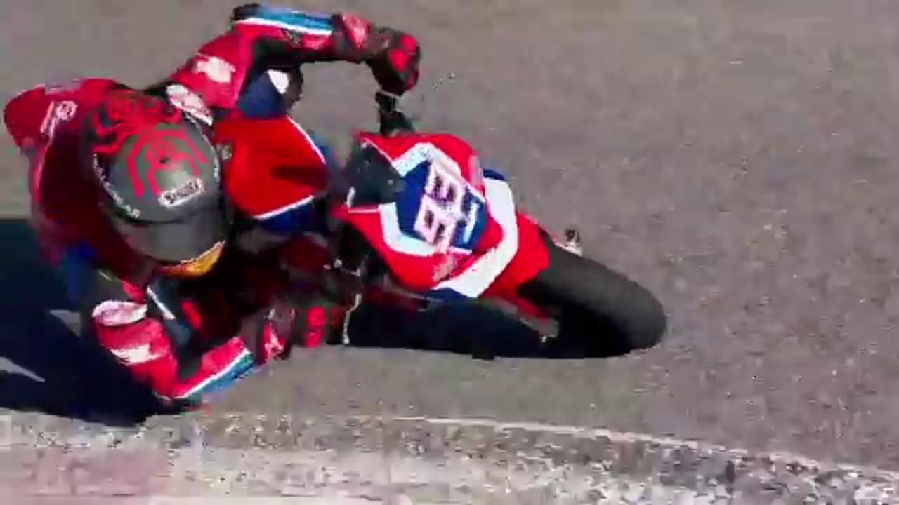 Márquez, en una minimoto