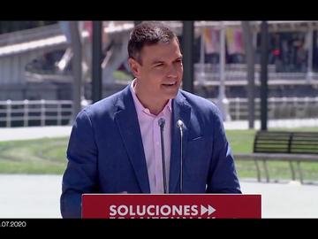 """La respuesta de Fernando Simón ante la """"euforia"""" de Pedro Sánchez en verano: """"El Gobierno debería haber sido más prudente"""""""