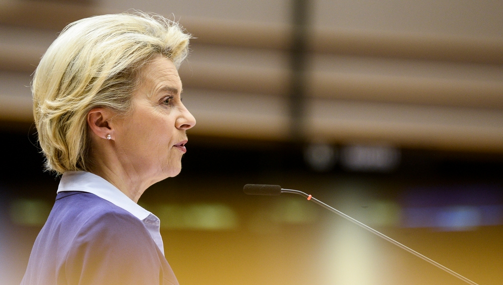 La presidenta de la Comisión Europea, Ursula Von der Leyen, que prevé aprobar el pasaporte de vacunación