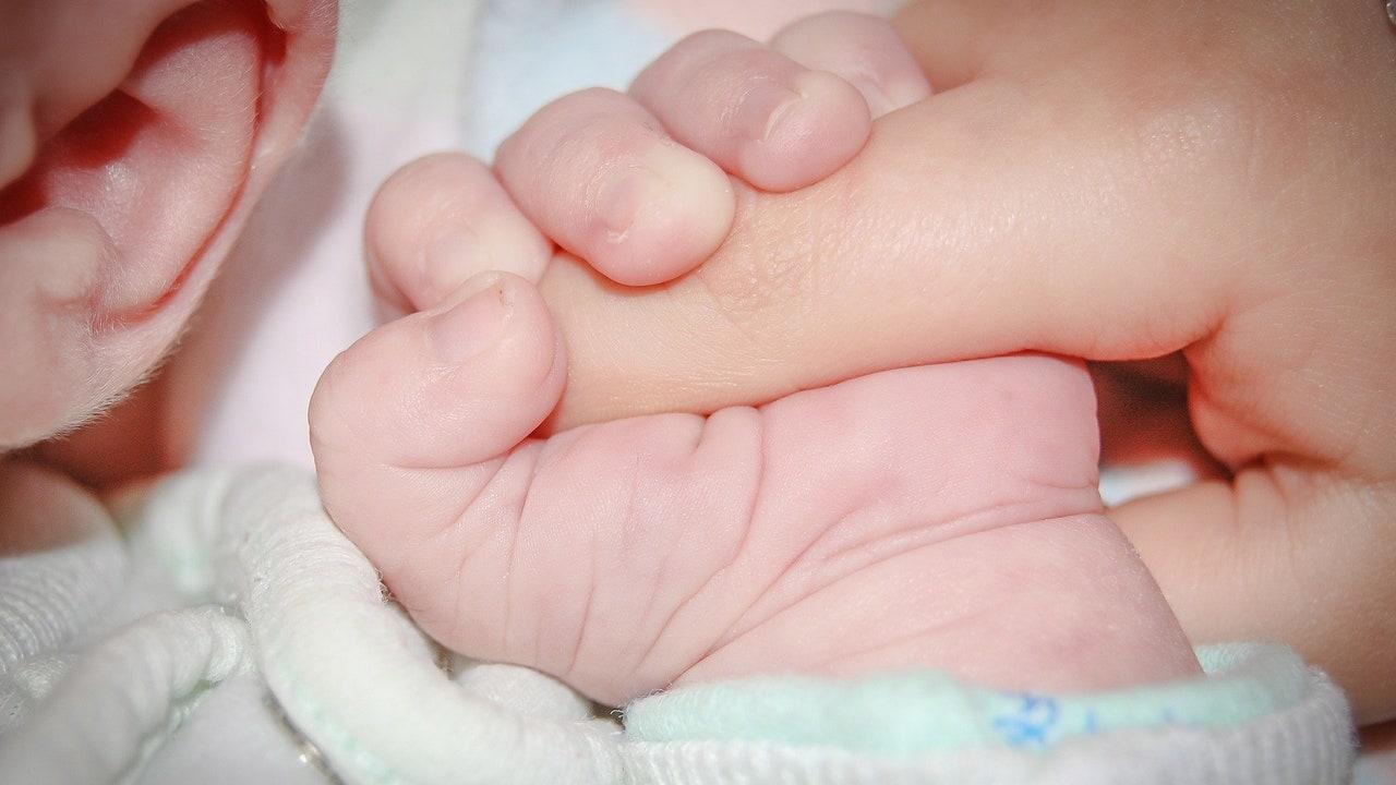Nace el primer bebé con inmunización ante el COVID-19 de España