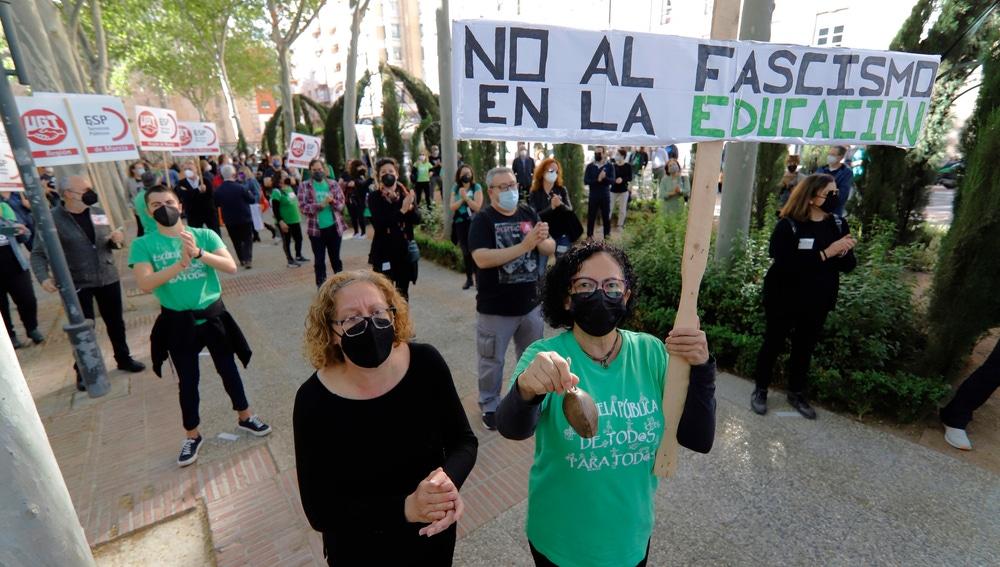 Manifestación de la Marea Verde en Murcia