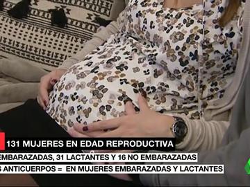Un estudio asegura que las embarazadas vacunadas desarrollan más anticuerpos que quienes han pasado el COVID-19