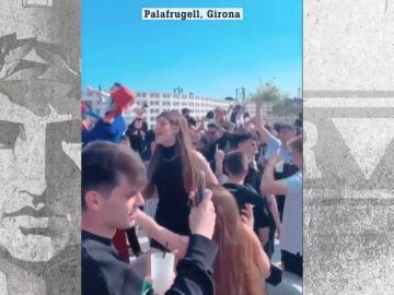 Fiesta multitudinaria en Palafrugell