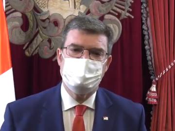 El alcalde de Bilbao se someterá a una operación relativa a un tumor en el duodeno