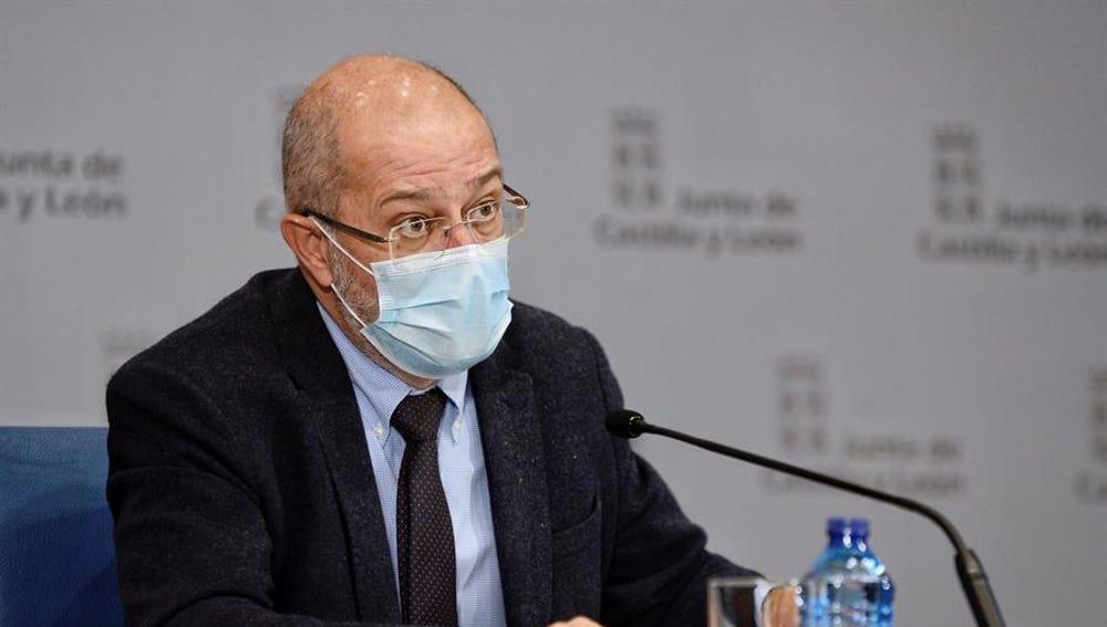 El vicepresidente y portavoz de la Junta de Castilla y León, Francisco Igea durante la rueda de prensa.