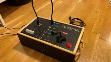 Así es el 'yayagram': el ingenioso invento de un nieto para comunicarse con su abuela de 96 años