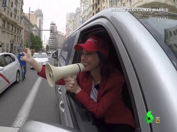 """Los 'gritos' de Ayuso por Madrid en plena campaña electoral: """"¡Coleta, iluso, te va a ganar Ayuso!"""""""