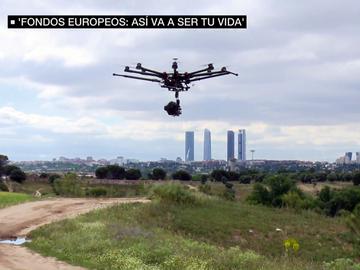 Drones trabajando en la siembra de semillas