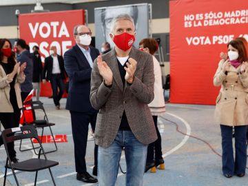 El ministro del Interior, Fernando Grande-Marlaska, asiste a un acto de campaña del PSOE en Getafe