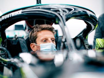 Romain Grosjean en el monoplaza de Mercedes