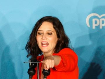 Isabel Díaz Ayuso celebra su victoria en las elecciones madrileñas en la sede de PP